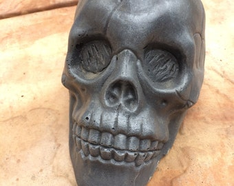 Concrete Cement SKULL Yard Garden Patio Decor