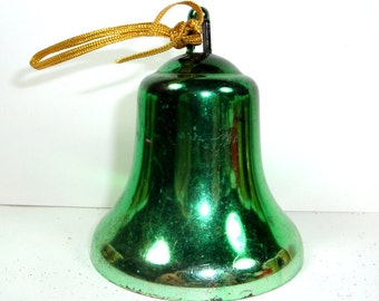 Vintage Green Bell Christmas Ornament, Mid Century, Retro   (928-12)
