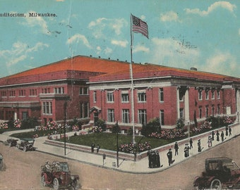 Antique 1919 Postcard of The Old Milwaukee Auditorium in Milwaukee Wisconsin
