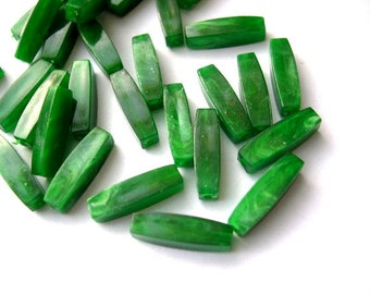 30 Vintage beads, lucite green plastic faceted beads 16mmX4mm