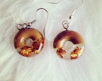 Bronze and resin earrings