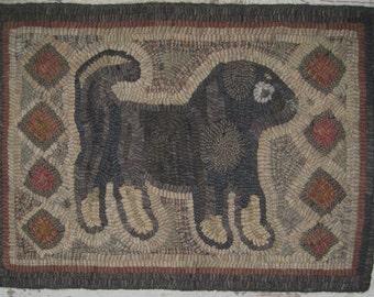 Primitive Rug Hooking Pattern-Antique Dog