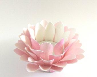 Paper Lotus Lantern -Watercolor Pink-