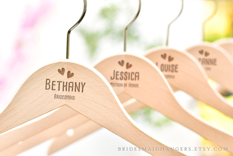 Hochzeit Kleiderbügel personalisierte Kleiderbügel für