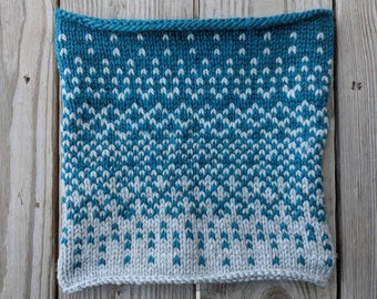Teal and White Faire Isle Chunky Knit Cowl