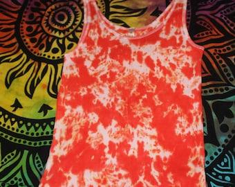 woman's tie dye tank top