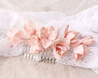 Bridal Flower Comb, Wedding Hair Piece, Bridal Hair Accessories, Floral Comb, Flower Jewelry, Vintage Wedding Hair Comb
