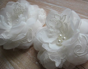 Wedding hair flower Ivory lace flower Ivory bridal flower Ivory hair flowers 3 inch ivory flower Ivory lace hair piece Bridal ivory flower
