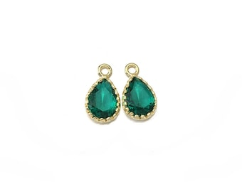 Emerald Glass Pendant . Jewelry Craft Supplies . 16K Polished Gold Plated over Brass  / 2 Pcs - AG009-PG-EM