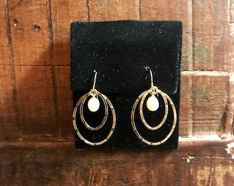 14 k pearl yellow gold chandelier earrings .