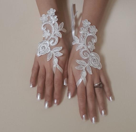 Ivory Wedding gloves bridal gloves lace gloves fingerless gloves ivory gloves french lace gloves
