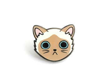 Siamese Cat Face Enamel Pin (siamese cat pin cute cat hard enamel lapel pin badge kitten pin cat lady personalized cat lover gift pet gift)