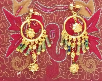 Sumptuous long pendant earrings with cloisonné green grass and pink flowers