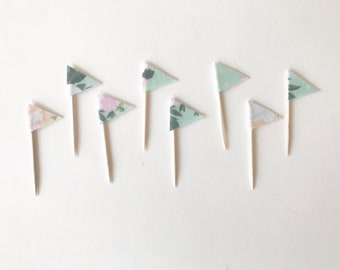 Spring flowers flag cupcake toppers