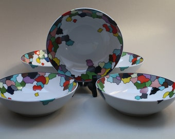 5 Beautiful porcelain bowls made in the 1980s by Taitu, Italy