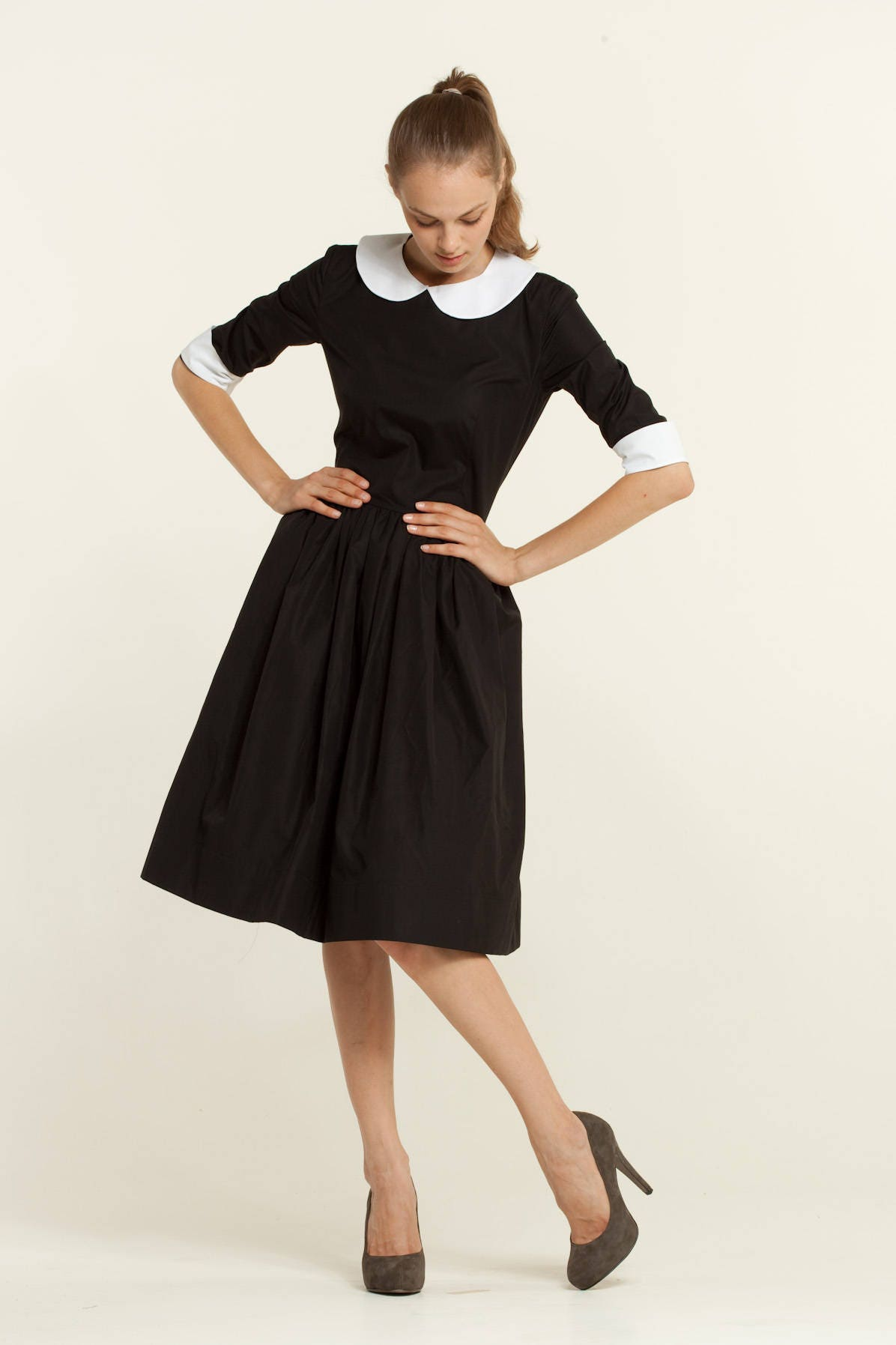 Peter Pan Kragen kleine schwarze Kleid der 1950er Jahre 50er