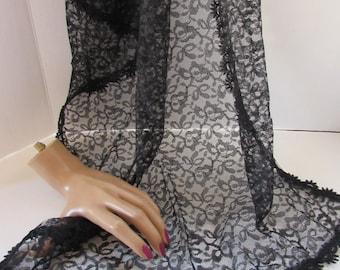 SALE! Ladies Vintage Scarf Black Lace Scarf Vintage Head Covering Bows Design Vintage Accessories Trim Edged Scarf Ladies Clothing