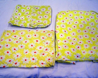Set of 3 vintage appliance covers, yellow with daisies