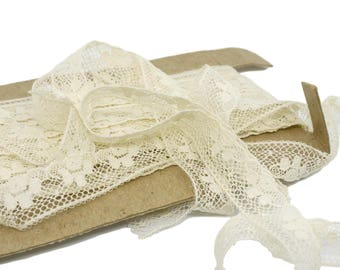 3 Yards Cream Vintage Lace - 5/8 inch wide