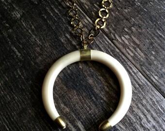 Double Crescent Necklace,Crescent Necklace,Crescent Moon Necklace,Double Horn Necklace,Crescent Horn Necklace,White Crescent Horn Necklace