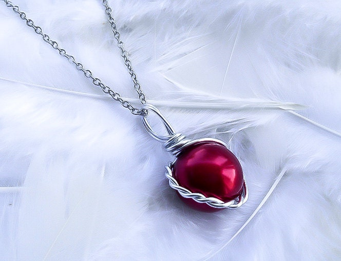 Final fantasy necklace materia necklace final fantasy vii zoom mozeypictures Image collections