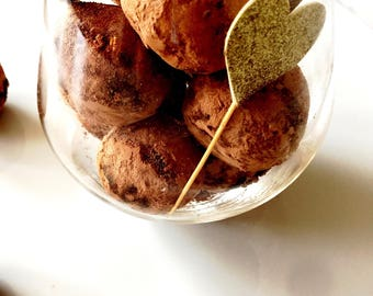 Chocolate Truffles Organic Raw Vegan Paleo