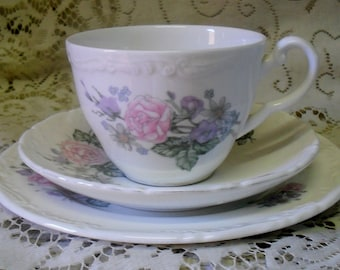 Wedgwood Mayfair Collection Romance Rose trio cup saucer plate Made in England