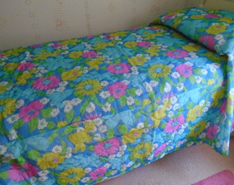 Vintage 1960s Old Stock Bedspread Twin Mod Flower Power 80 x 108 Bright Blue/Pink/Turquoise/Chartreuse/Green