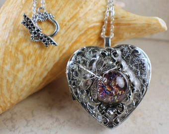 Dragonfly Music Box Locket, Heart Music Box Pendant, Music Box Jewelry, Musical Photo locket, Music Box Necklace