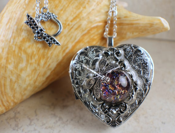 Dragonfly music box locket heart music box pendant music box aloadofball Image collections