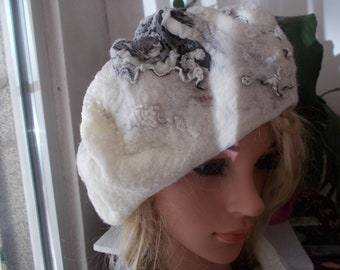 Felt beret, Wool beret, French beret, Handmade beret, Woman gift