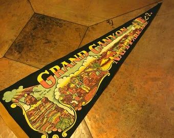 Vintage Pennant, Grand Canyon Felt Pennant, Vintage Grand Canyon Travel Souvenir
