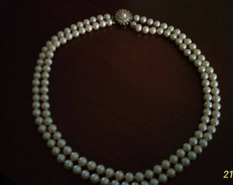 Necklace in pearls cultivated years ' 50