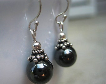 Gift for Her, Black Dangle Earring, Bali Sterling Silver, Hematite, Gift for Coworker, Gift for Sister, Black Round Earrings, Everyday