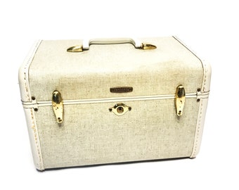 Vintage beige mid century 1950's Samsonite cosmetic train case