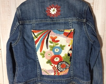 Kids up cycled clothing ,recycling clothing Jeans jacket fille , tissu japonais , gap vintage , refashion , up cycling , Lilisoleil