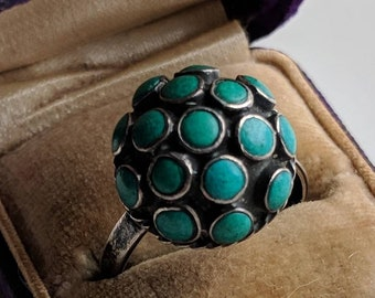 Sterling silver and turquoise dome ring - vintage jewelry