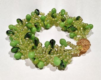 Green and Gold Seed Bead Helix Patterned Bracelet - Lime Green Spiral Rope Design - Green Toned Teardrop Beads Bracelet