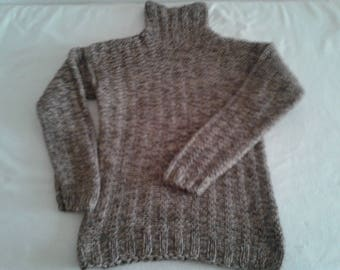 Hand knitted kids clothes