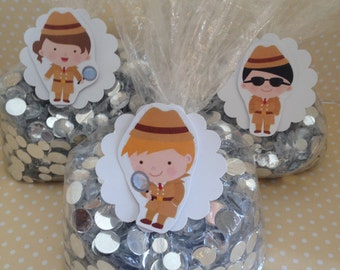 Detective, Scavenger Hunt Party Favor or Candy Bags with Tags - Set of 10