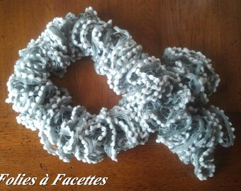 ruffles and light grey tassel scarf