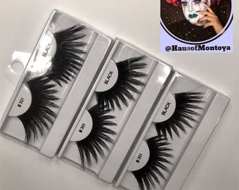 Drag Queen Lashes: 301s