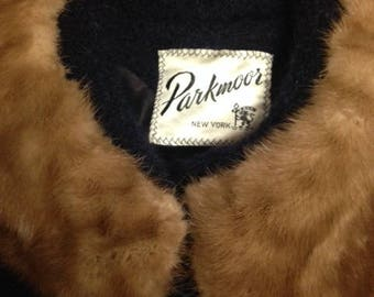 Beautiful Parkmoor Mink Collar and Wool Coat 3/4 sleeves, size 6?