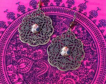 Cabochon oriental style with a Czech glass bead earrings