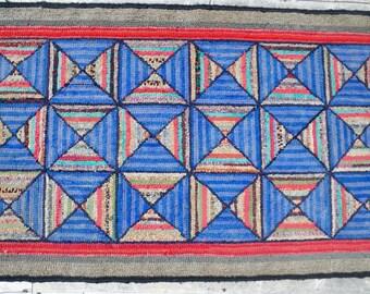 Primitive folk art Nova Scotia geometric hooked rug   geometric rug   antique hooked rug   vintage rug   bow tie rug   vintage hooked mat