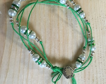 Beaded Bracelet with a Twist of Pearls