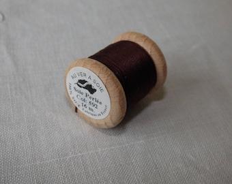 Spool of 16 meters of silk beaded No. 592