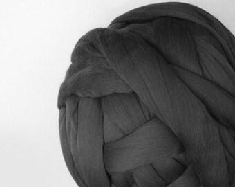 4 oz Australian Merino Wool Roving Extra Fine 19 microns gray Felting Nuno Felting Spinning Weaving Knitting top felt supply supplies