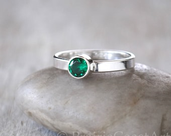 Emerald Ring - Solid Sterling Silver Emerald Ring - May Birthstone Ring  - Sterling Birthstone Stacking Ring
