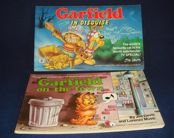 Garfield Comic Strip Books x2 In Disguise and On the Town 1980s Jim Davis Paperbacks